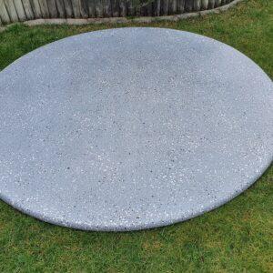 """Üvegszálas """"csillámos"""" tető – 2m átmérő (fekete-fehér pöttyös)"""
