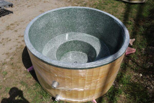 zöld üvegszálas dézsafürdő